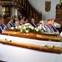 pohreb_don_sobota_sob_10